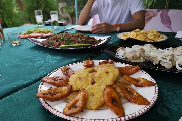 Mojito,cigares et cuisine cubaine.