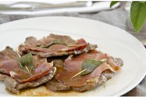 Eat with locals: Dîner romain au cœur du marais: charme français, goût italien.