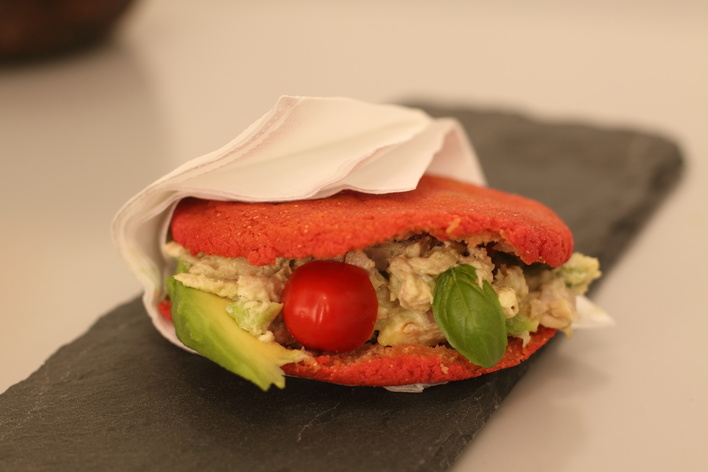 ★ single arepa ★ a taste of venezuelan classic dish