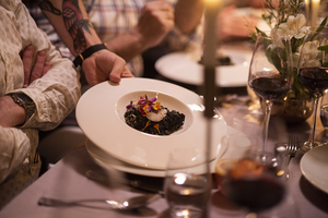 Manger chez l'habitant: Clandestine dinner party