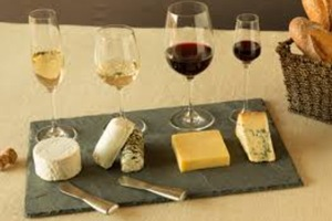 Eat with locals: Wine & cheese party