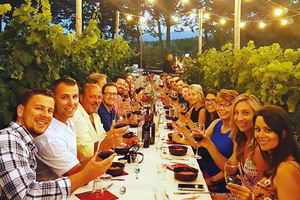 Cenas particulares como en su propia casa: Dinner in chianti vineyards