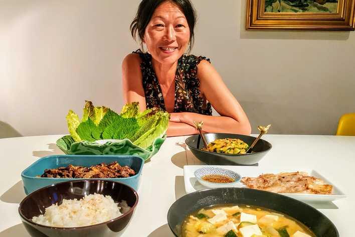 Authentique dîner coréen en face de la tour eiffel