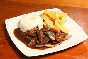 Cenas particulares como en su propia casa: Taste peruvian food and do your own pisco sour