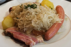 Eat with locals: Choucroute alsacienne