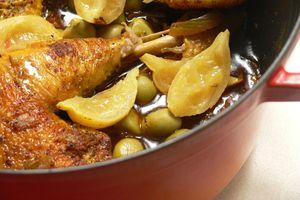 Eat with locals: Poulet au citron et aux olives vertes