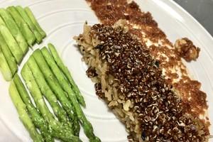 Eat with locals: Red quinoa on thai spicy chilli and stir fried asparagus- minimum 3 pax.