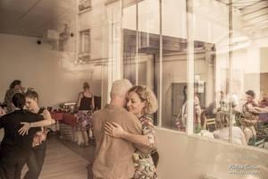 Eat with locals: Buffet brunch et tango argentin ce samedi 29 août