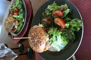 Eat with locals: Joke food and veggie food