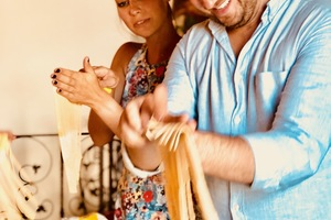 Manger chez l'habitant: Cook and eat pasta tiramisù and polenta