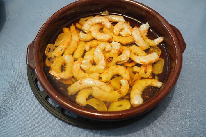 Spanish tapas menú