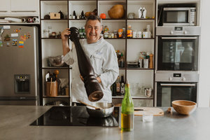 Eat with locals: Cook with a french chef