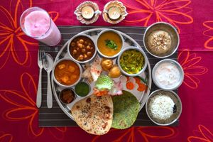 Eat with locals: Royal indian meal