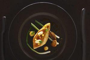 Eat with locals: Volaille a la  cuisine francaise