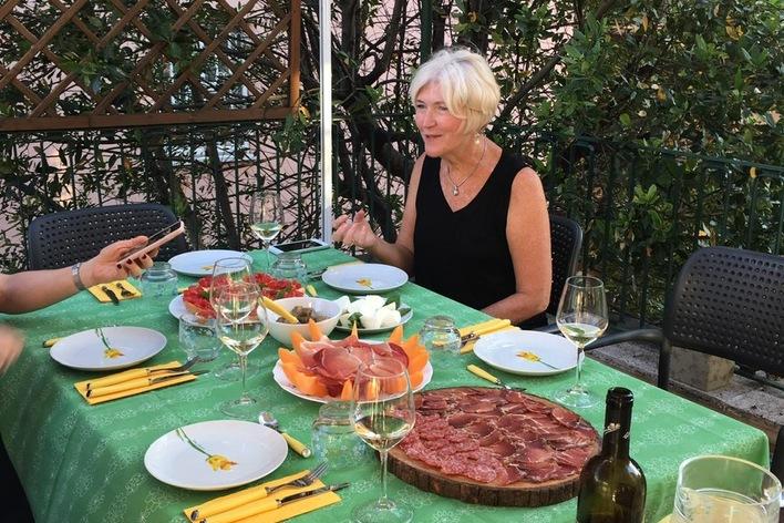 4 course roman dinner on a terrace