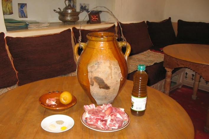 Repas traditionnel marocain