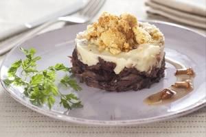 Manger chez l'habitant: French tradition with a modern soul / la tradition française avec une ...
