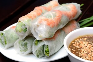 Eat with locals: Authentic chinese food  experience chez nous