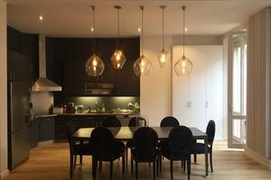 Cenas particulares como en su propia casa: Monnier