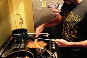 Manger chez l'habitant: Food & music