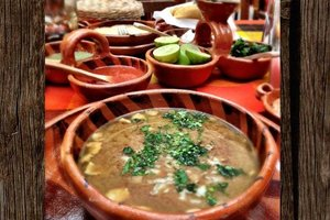 Eat with locals: Carne en su jugo from jalisco