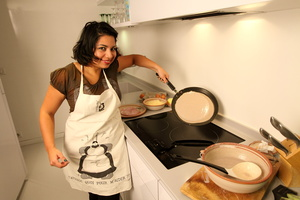 Eat with locals: The ultimate parisian experience : learn how to make crepes in paris! ...
