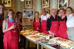 Eat with locals: Pizza making class