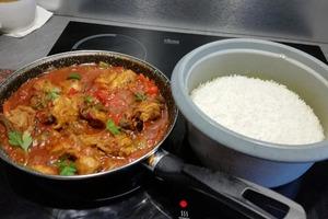 Manger chez l'habitant: Repas réunionnais