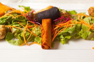 Eat with locals: Assiette frivole senteur indienne